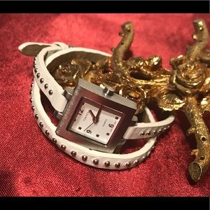🔆 Tokyo Bay quartz women's watch